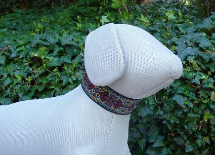 Collar martingale Burdeos de Mimopets en las mascota de trapo
