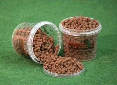 Pellets del pienso para perros farm food